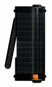 Skæremaskine FISKARS SureCut Titanium 30cm - 7 ark (80 g/m2)
