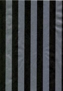 Gavepapir sort & sølv stribet nålestrib. 55cmx150m dess 9033