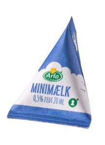 Kaffemælk Mini mælk 0,5%  brik m/ 20ml  - 100stk/kar
